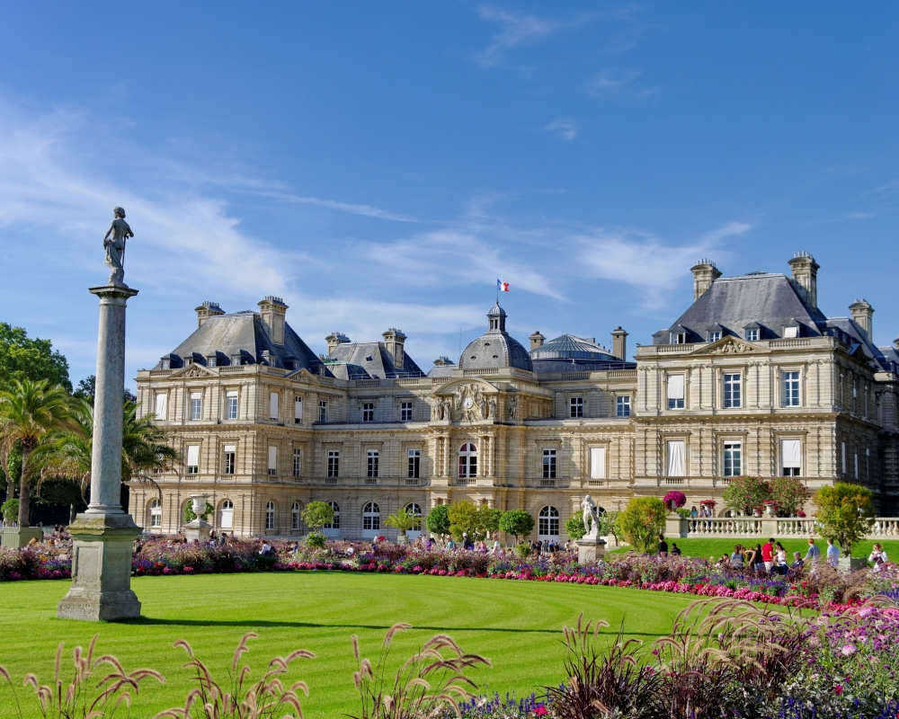 Luxembourg Palace And Gardens And Mus E Du S Nat Design H Tel Le Placide Saint Germain Bon